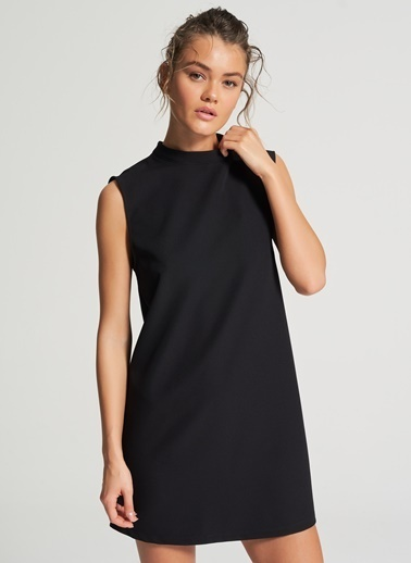 Pi π Dik Yaka Detaylı Elbise Siyah